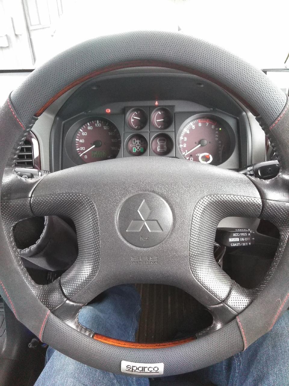 sparco スパルコステアリングカバースエード1112ブラック
