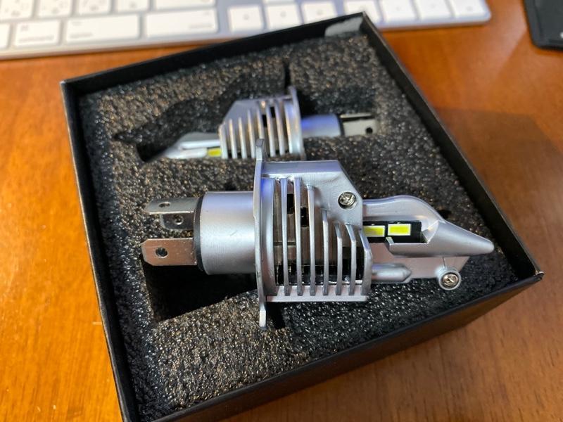HIKARI Trading LEDヘッドライト H4 Hi/Lo 6500K