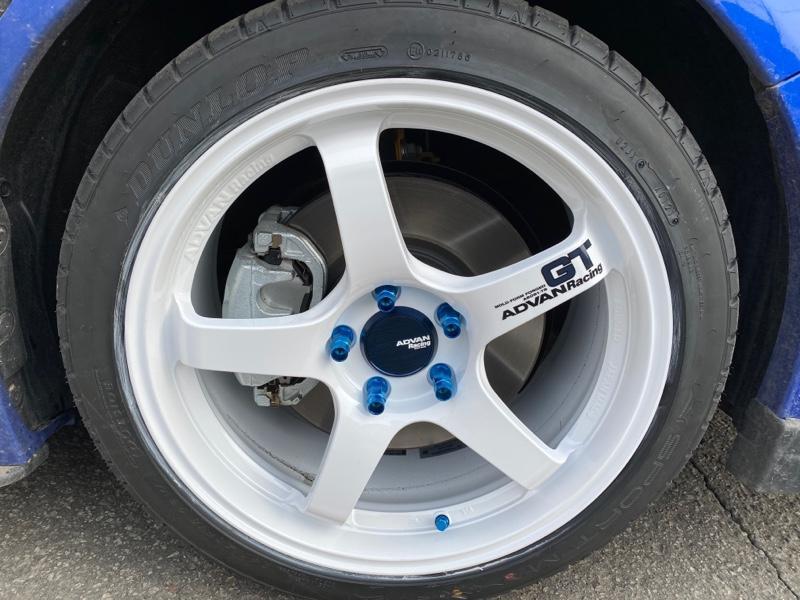 YOKOHAMA ADVAN Racing GT