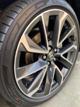 カローラスポーツトヨタ(純正) 18インチアルミホイールの単体画像