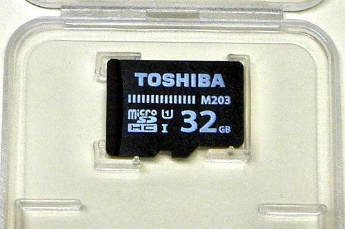 TOSHIBA microSDカード