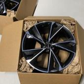 Audi 純正 カーボンブラックホイール