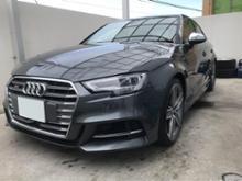 S3(セダン)Audi純正(アウディ) S3純正グリル マットブラック塗装の全体画像
