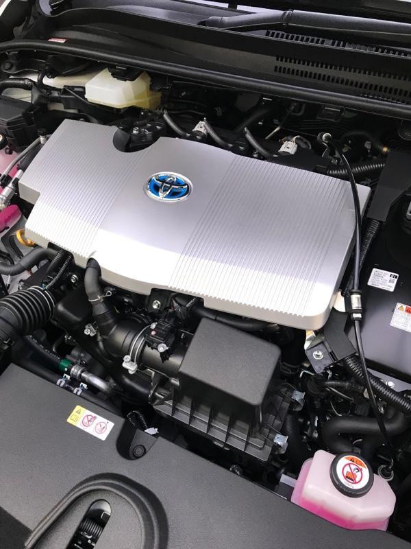 トヨタ(純正) エンジンカバー