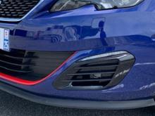 308SW (ワゴン)プジョー(純正) GT用バンパーグリルの単体画像
