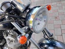 ST250不明 ヘッドライトの単体画像