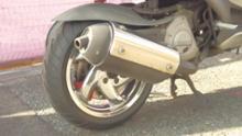 ランナー FXR180純正部品の メッキホイールの単体画像