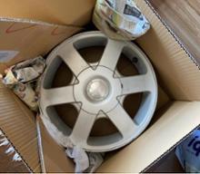 クリッパートラック三菱自動車(純正) 三菱純正アルミホイールの単体画像