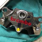 brembo? 2pot レーシングキャリパー クローム