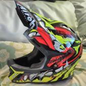 AIROH ジュニア用モトクロスヘルメット