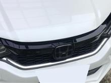 グレイスハイブリッドModulo / Honda Access フロントグリルの単体画像
