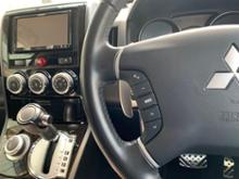 三菱自動車(純正) ステアリングリモコンスイッチ