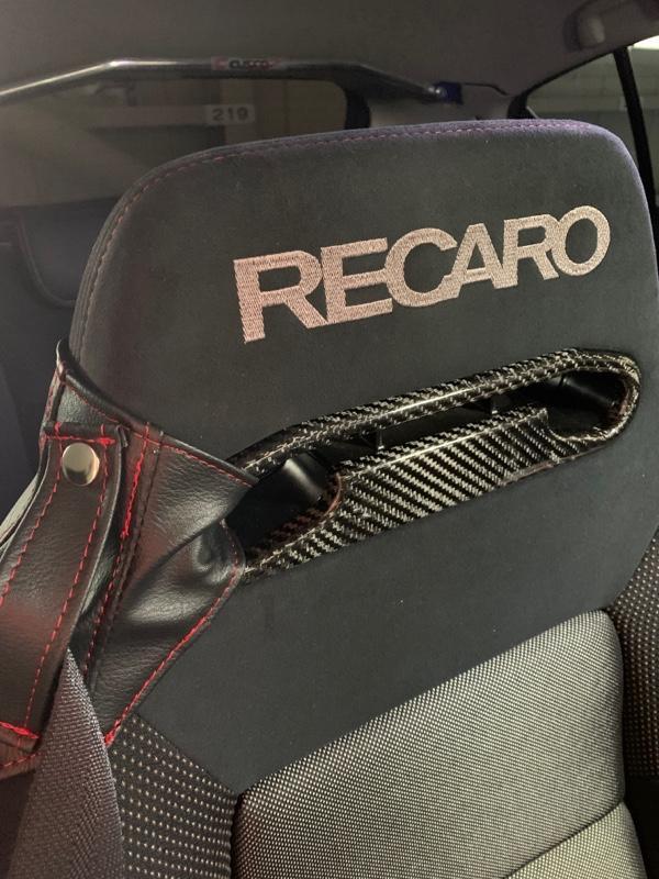不明 レカロSR-3 リアルカーボン