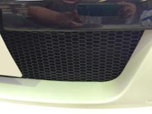 アテンザスポーツワゴン不明 ABS樹脂 ハニカムメッシュグリルネットの単体画像