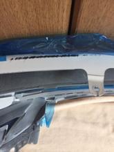 ISハイブリッドトヨタ(純正) フロントバンパーの全体画像