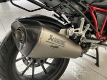 R 1200 RSBMW(純正) HPスポーツマフラーの単体画像