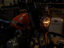 グラストラッカー不明 LED ヘッドライトの単体画像