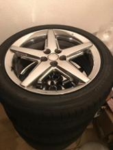 PTクルーザーカブリオくクライスラー 17 inch chrome-plated cast-aluminum wheel optional on GT Convertibleの単体画像