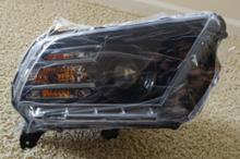 マスタング クーペDT Motoring 2010-2014 Black Halogen Projector Headlights w/LED DRLの単体画像