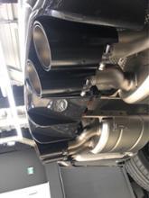 M3 クーペAKRAPOVIC Evolution Exhaust Systemの全体画像