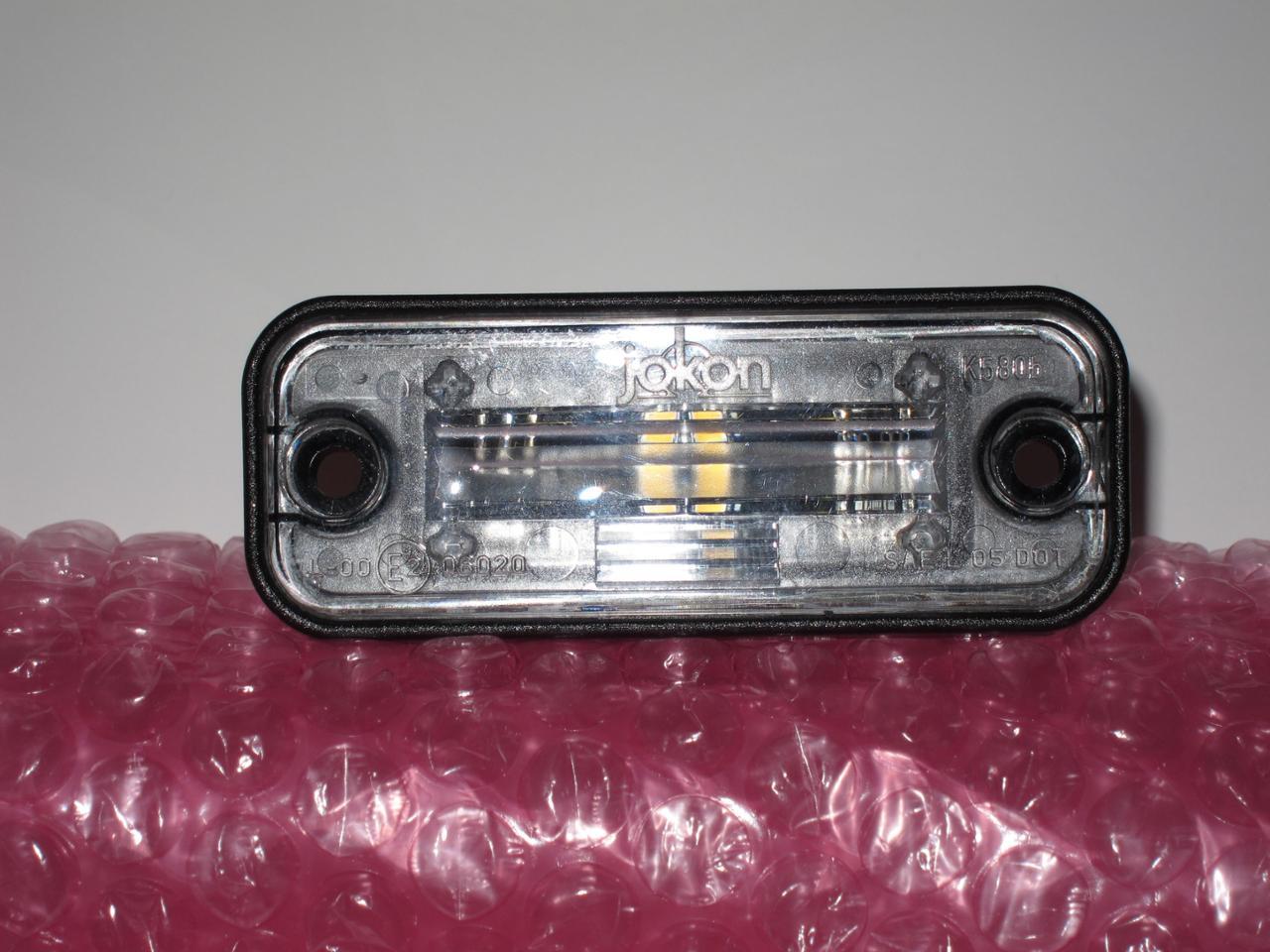 Elise Parts LEDナンバープレートランプ