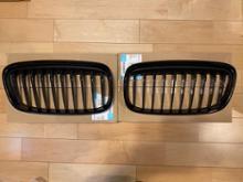 2シリーズ グランツアラーBMW(純正) BMW Performance ブラックキドニーグリルの全体画像