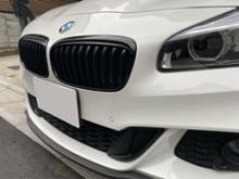 2シリーズ グランツアラーBMW(純正) BMW Performance ブラックキドニーグリルの単体画像