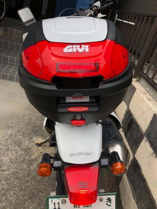 GIVI (ジビ) リアボックス 30L パールホワイト モノロック E300N2シリーズ