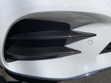 Cクラス ステーションワゴン不明 カーボン調 フロントバンパーグリルの単体画像