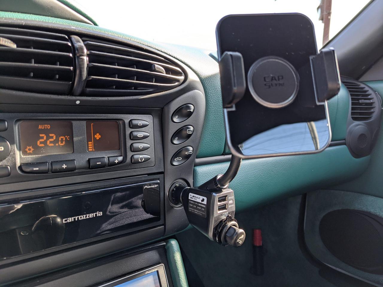 CAPスタイル スマートフォンホルダー