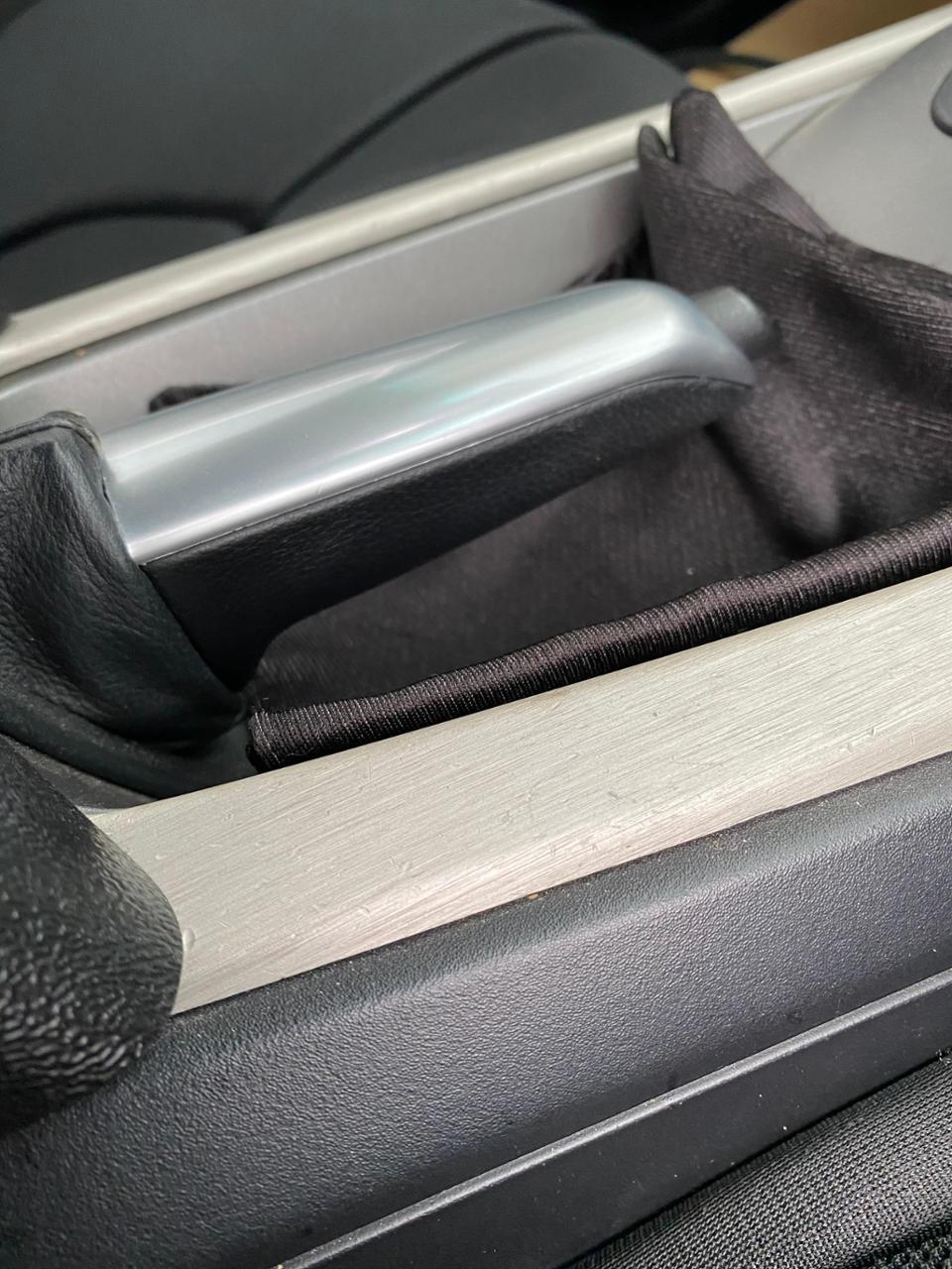 BMW(純正) ハンドブレーキグリップ