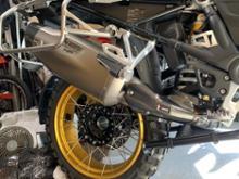 R1250GS アドベンチャーBMW 純正 HPスポーツマフラー R1250GS用 (2019-)の単体画像
