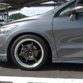 YOKOHAMA ADVAN Racing RG-D2