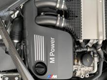 M2 クーペBMW(純正) 直6エンジン + 純正マフラー + フラップ開閉デバイスの単体画像