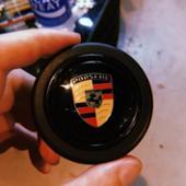 Porsche ホーンボタン