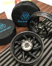 GSX-R1000Rthyssenkrupp Braided Carbon Wheelsの単体画像
