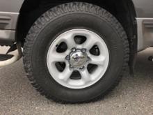 デリカスターワゴン三菱自動車(純正) 三菱純正アルミホイールの単体画像