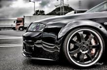 RS6アバント (ワゴン)純正 ワンオフフロントバンパーの全体画像