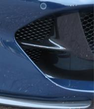 812スーパーファストフェラーリ(純正) Front Bumper Insert Carbon Fibreの単体画像
