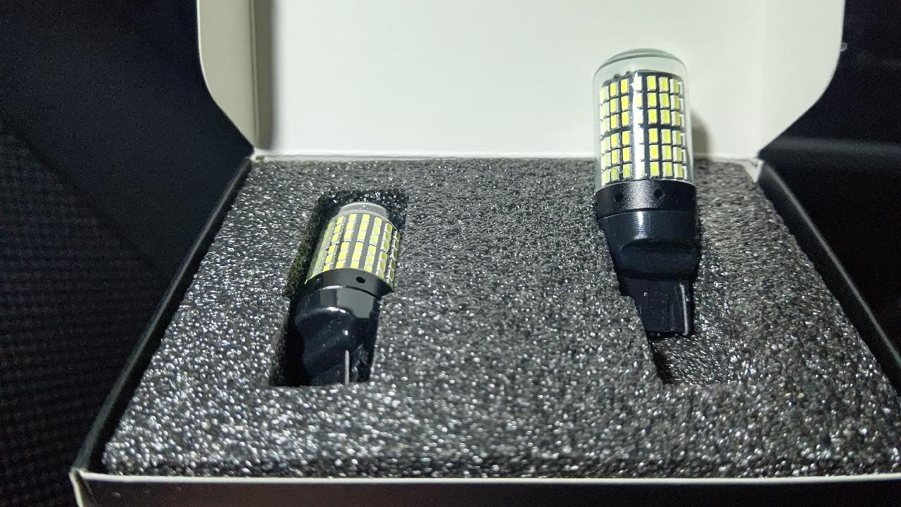 Discover winds LED 爆光! T20 シングル ホワイト 無極性 144連 LEDバルブ 抵抗内蔵 バックランプ 2個セット