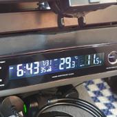 SEIWA 車用 時計 電圧サーモ電波クロック+USB USB出力 電圧 外・内温度計 DC12V ブラック W852