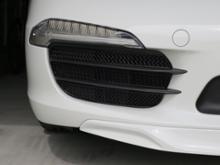 911 カブリオレZunsport フロントグリル メッシュの単体画像