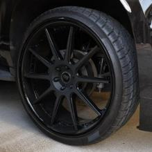 サバーバンsky performance wheel sky performance wheelの単体画像