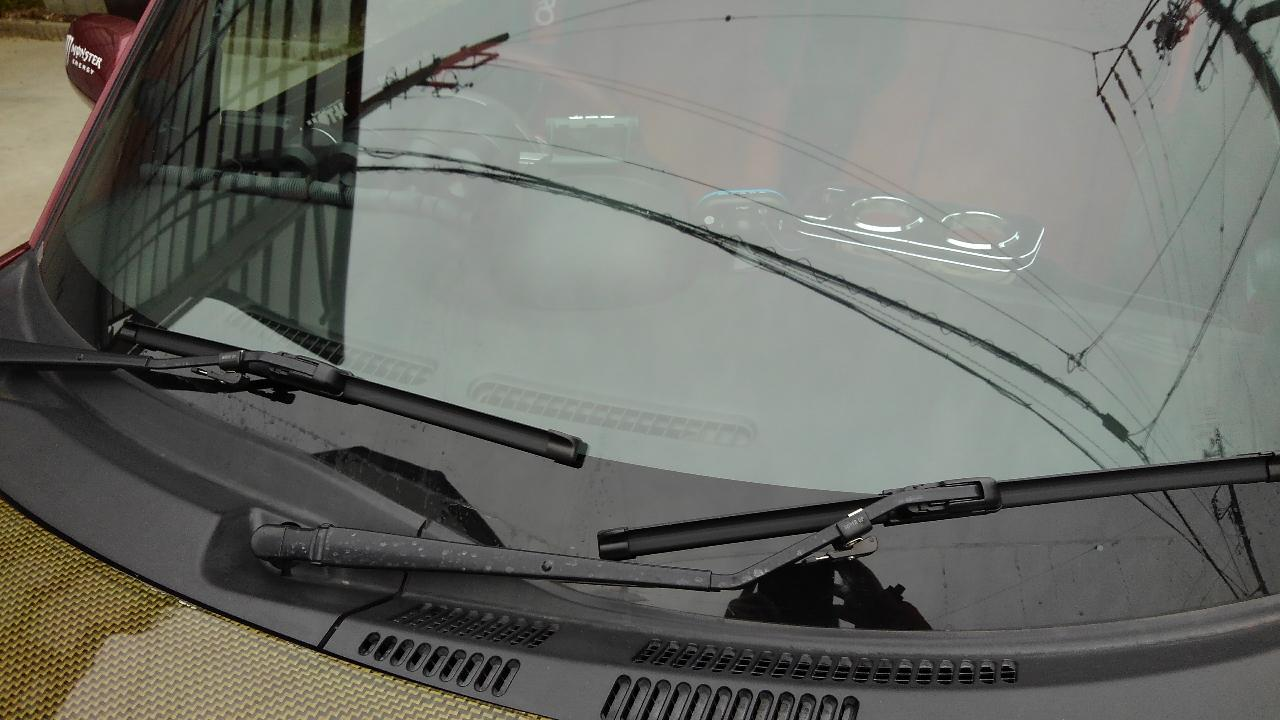 不明 エアロワイパー ブレード グラスファイトU字フック 2本 450mm×450mm