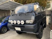 デリカスターワゴン三菱自動車(純正) デリカバン用バンパー(ロングノーズタイプ)の全体画像
