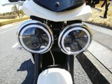 スピードトリプル1050不明 5.75インチ LEDヘッドライトの単体画像