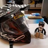 オニール ヘルメット