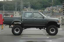 tokutokumanbouさんのハイラックストラック 左サイド画像