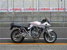 taku-jiroさんのGSX250S KATANA (カタナ) 左サイド画像