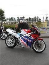 NakajimaさんのVFR400R 左サイド画像